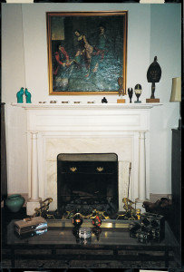 Angela Kirkham Davis House, mantelpiece