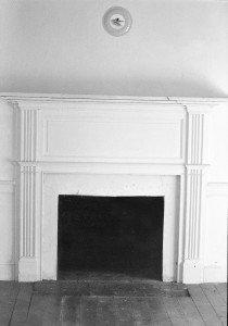 Roulette Farm, fireplace