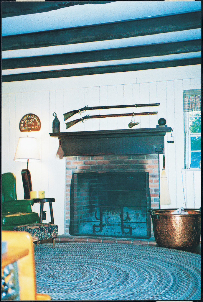 Rockledge, fireplace in original section
