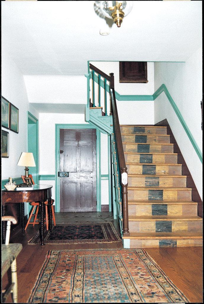 Hitt-Cost House, stairs