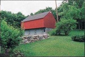 Hitt-Cost House, barn